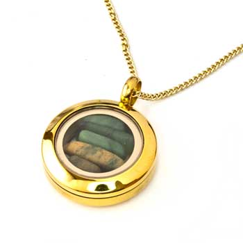 New Zealand Gold New Zealand Greenstone Locket by Moreton Jewellery 20mm
